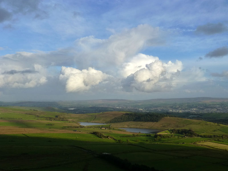 Showery Pendle